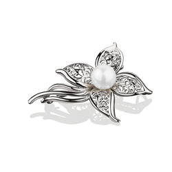 Newbridge Silverware Pearl Floral Brooch