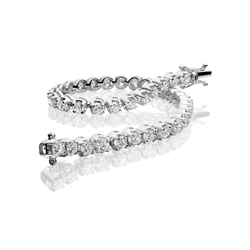 18ct White Gold Diamond Tennis Bracelet - 5.00ct