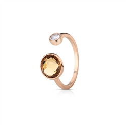 Newbridge Silverware Ring with Yellow Topaz and Clear Stone Settings