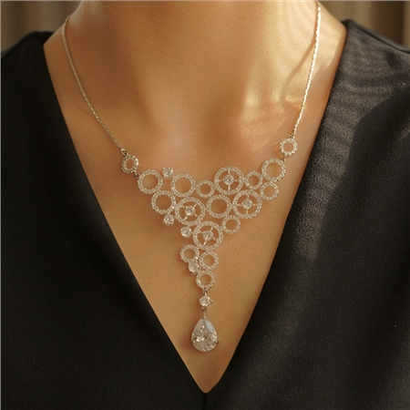 Necklace Clear Stones  - Click to view a larger image