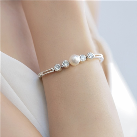 Grace Kelly Bracelet Stone & Pearl  - Click to view a larger image