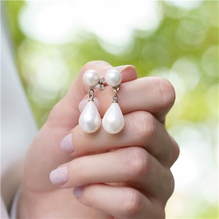 Grace Kellytear Drop Pearl Earrings