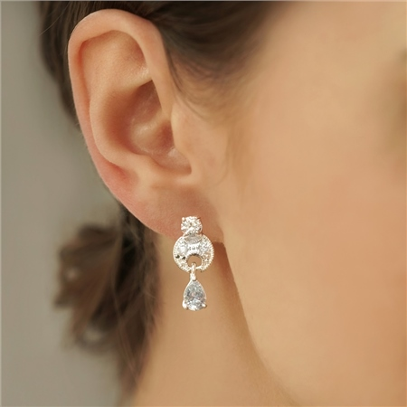 Vintage Drop Tear Drop Earrings   - Click to view a larger image