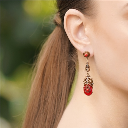 Vintage Ornate Resin Earrings with Red Stones 1