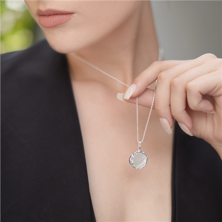 Silver Plated Pendant with Natural Shell Pearl  - Click to view a larger image