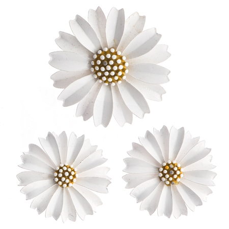 Vintage Trifari Daisy Brooch and Earrings Set  - Click to view a larger image